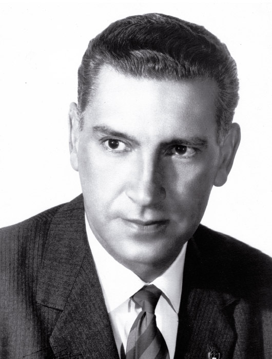 Dr. Camilo Casas Santofimio